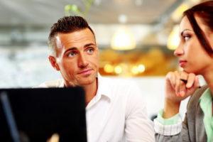 Két hozzá nem értő ember csinálja a weboldalak többségét...